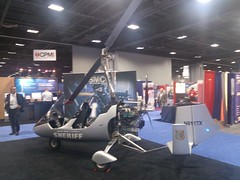 tiny manned police copter
