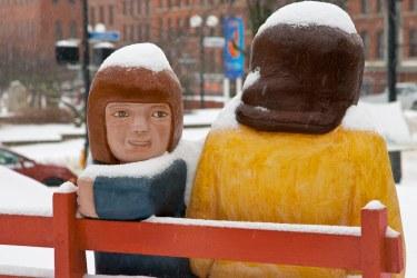 Saint John : John Hooper Statue - Excited