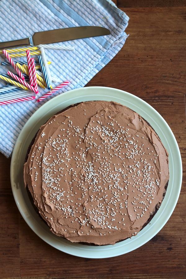 choco cake above