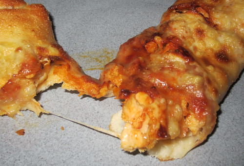Pizza Hut P'Zolo Buffalo Chicken