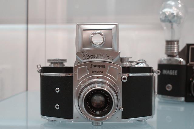Kine Exakta with round magnifier