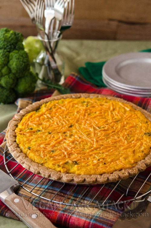 A lighter take on the comforting Broccoli Cheddar Quiche. Filled with tons of nutrients and lower on oils & fats. Vegan, dairy-free