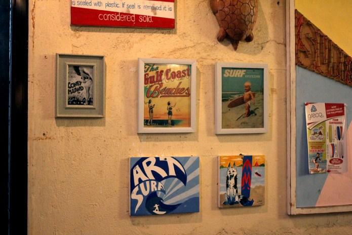 surf decor in restaurant 1