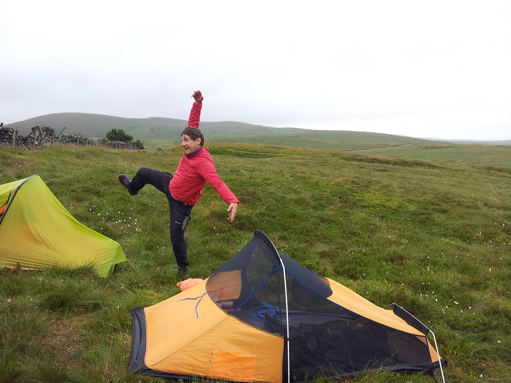 Getting into the wild camp groove with @PilgrimChris
