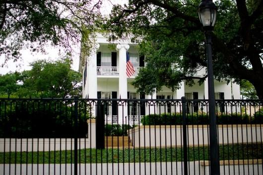 Austin Historic Tour - Governor's Mansion