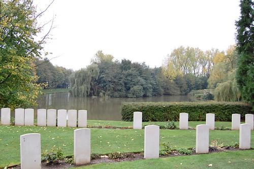 Ramparts Cemetery, Ieper
