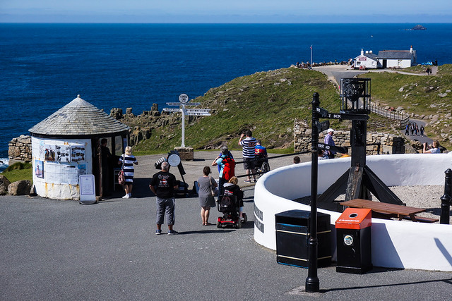 Land's End tourist trap