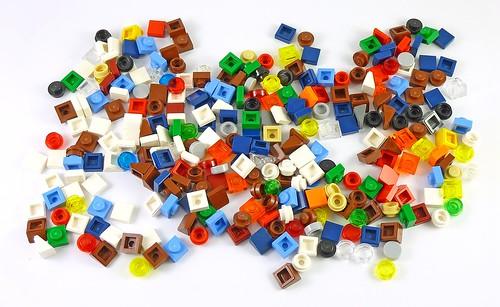 LEGO 10229 Winter Village Cottage elements06
