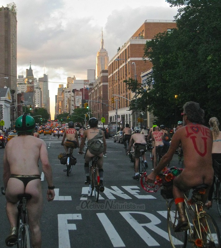 naturist 0007 World Naked Bike Ride 2013, New York, USA