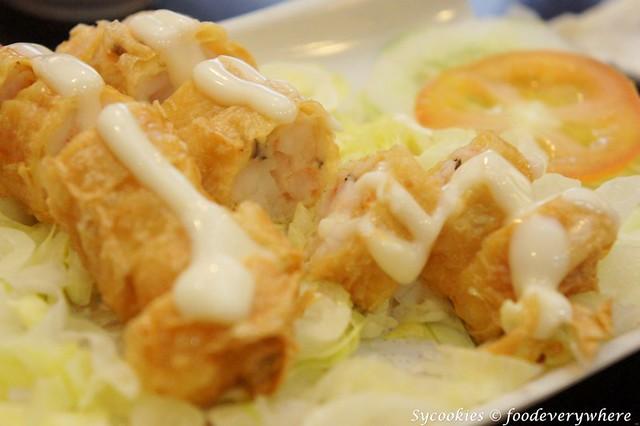 2.daiban-Crunchy Prawn Roll @ RM7.90