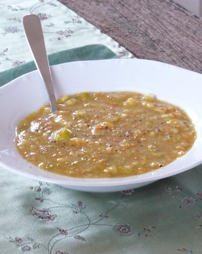 Fava & Carrot soup with orange - Zuppa di fave e carote all'arancia