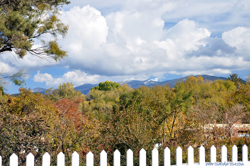 SF_mountains_fence_web