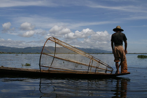 Pescador en el Lago Inle (Myanmar)
