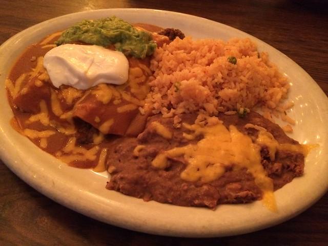 Enchiladas suizas - Casa Azteca