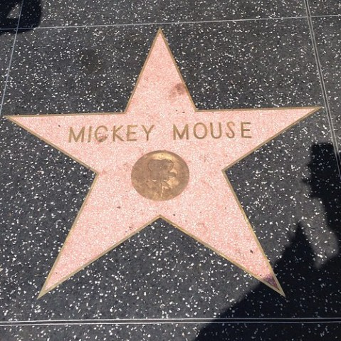 ミッキーマウス。