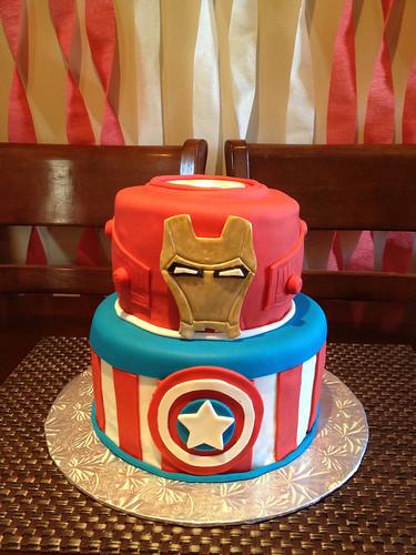 Super Avengers Cake (5/6)