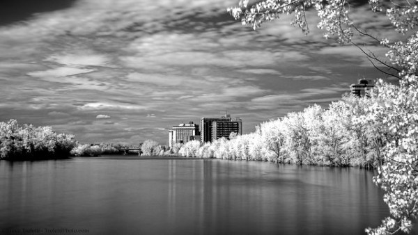 Riviere-des-prairies / Montreal Back River - INFRARED