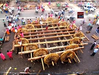 "Rathyatra Construction Work 2013 <a href=""http://puriwaves.nirmalya.in/rathyatra/odisha-puri-rathyatra"" rel=""nofollow"">puriwaves.nirmalya.in/rathyatra/odisha-puri-rathyatra</a>"