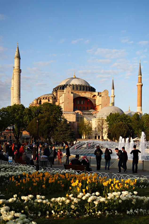 Istanbul Tulip Festival - Hagia Sophia
