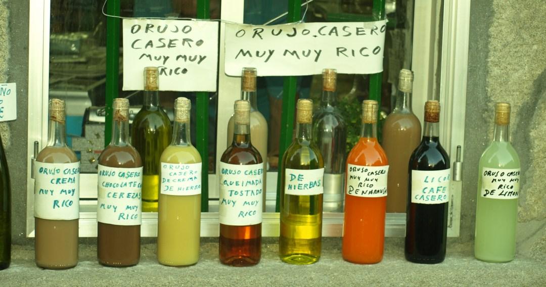 Botellas de Orujo, muy rico. Autor, Aherrero