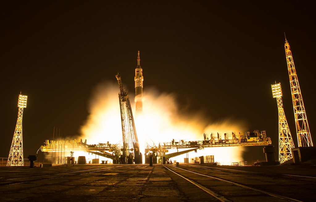 Expedition 50 Soyuz Launch (NHQ201611180002)