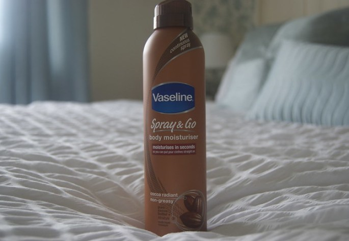 vaseline spray & go
