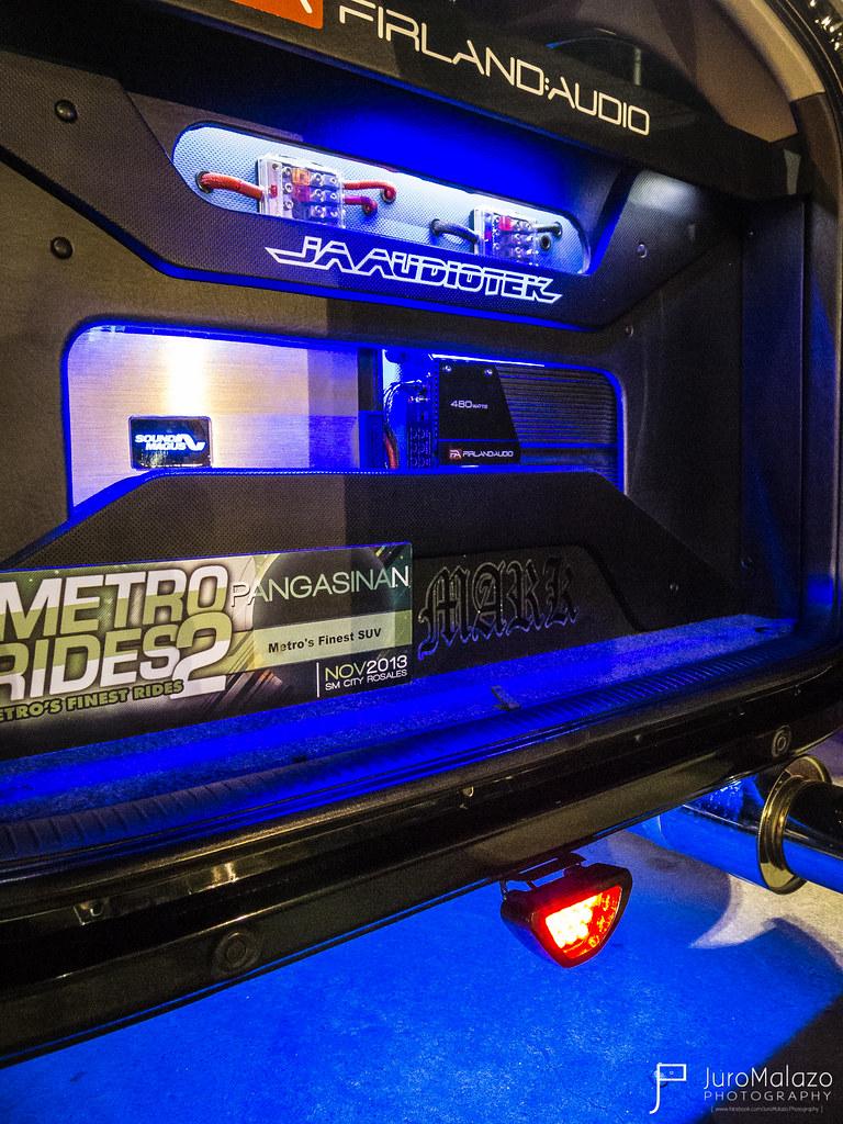 Toyota RAV4. - Dagupan City Fiesta Auto Show 2013 - Juro Malazo