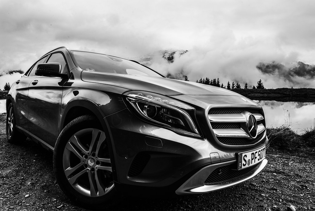 Car photography mercedes benz instagram shootout for Mercedes benz instagram