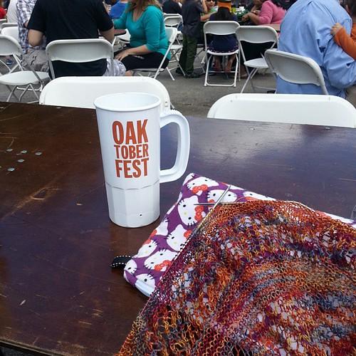 How I'm spending my afternoon #Oaktoberfest #knitting #pumpkinbeer #music #hellokitty