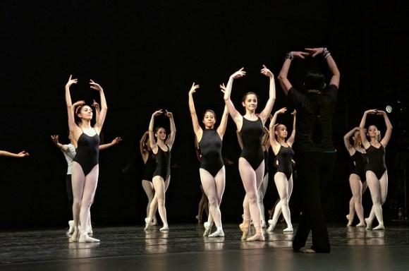 Ballerinas final salute