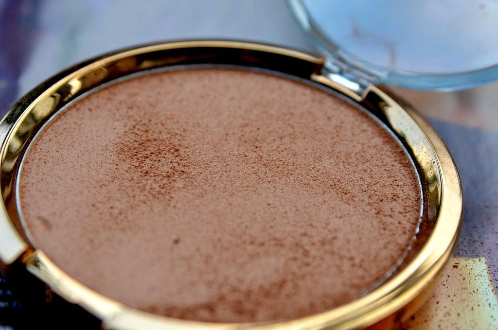 hm bronzing powder0