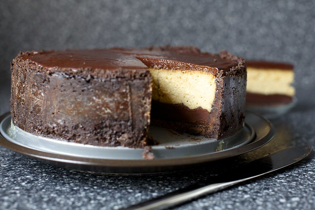 chocolate peanut butter cheesecake