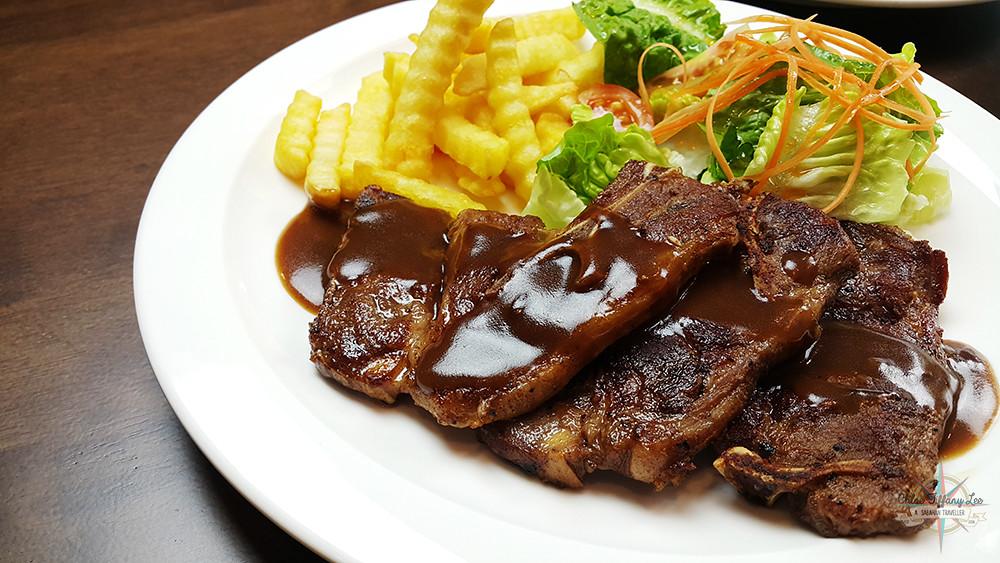 Lamb Chop, Pancake House International, Jalan Pantai, Gaya Street, Kota Kinabalu, Sabah, Chloe Tiffany Lee