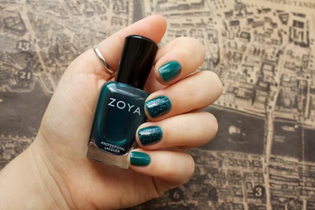 15 Zoya Frida