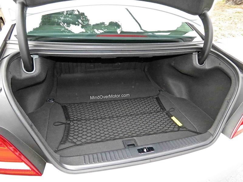 Hyundai Equus Trunk