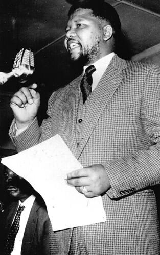 Nelson Mandela: speaking in 1961