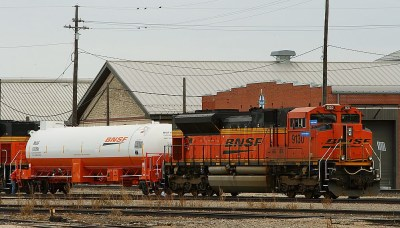 LNG-coverted BNSF 9130