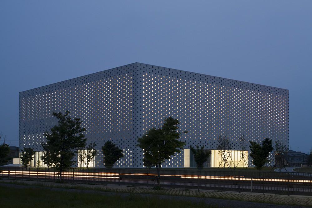 Coelacanth K&H Architects - Kanazawa Umimirai Library - Photo 03 - Photography by Satoshi Asakawa
