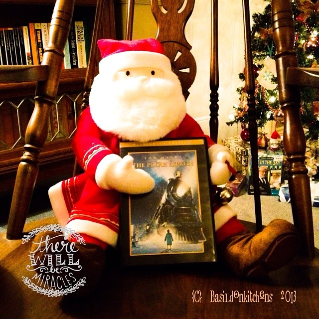 Dec 23 - tradition {another of my fav holiday movies; The Polar Express} #fmsphotoaday #tradition #movies #christmas #rhonnadesigns #holidays #polarexpress