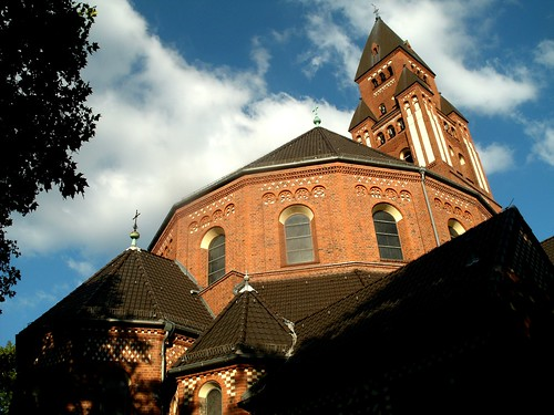 Marienkirche in Friedenau - aufstrebend