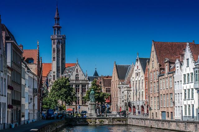 Bruges Jan Van Eyckpleine