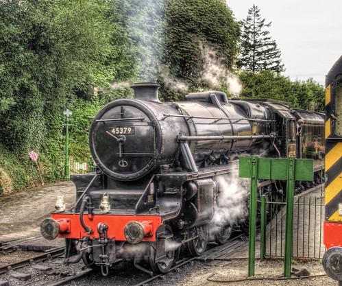 Steam Engine about to leave Alresford, Hampshire