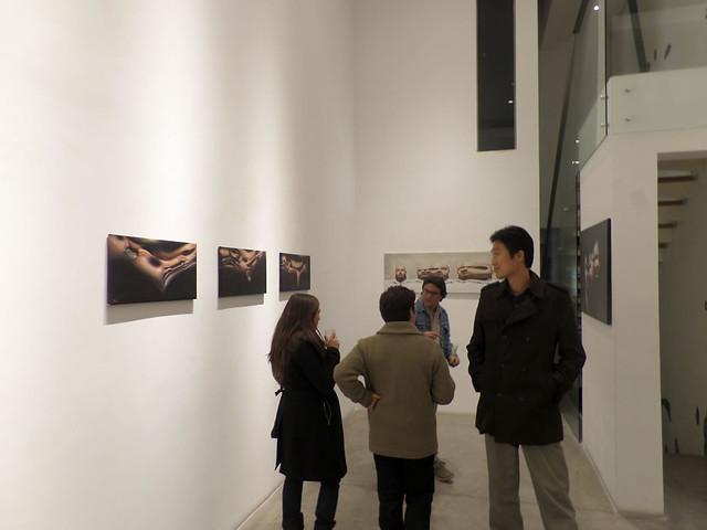 Inauguración #expo #AntiRetratos #Seúl-#Santiago 2013 del #artista Raúl Pizarro en @galeriatrece 20.08.2013