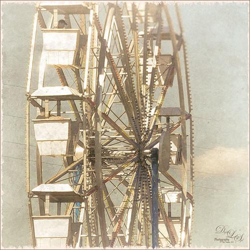Ferris Wheel at Gulfstream Family Day image using Nik Analog Efex Pro