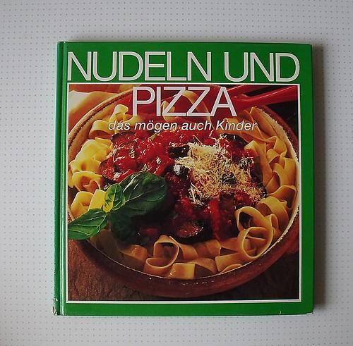 Nudeln und Pizza