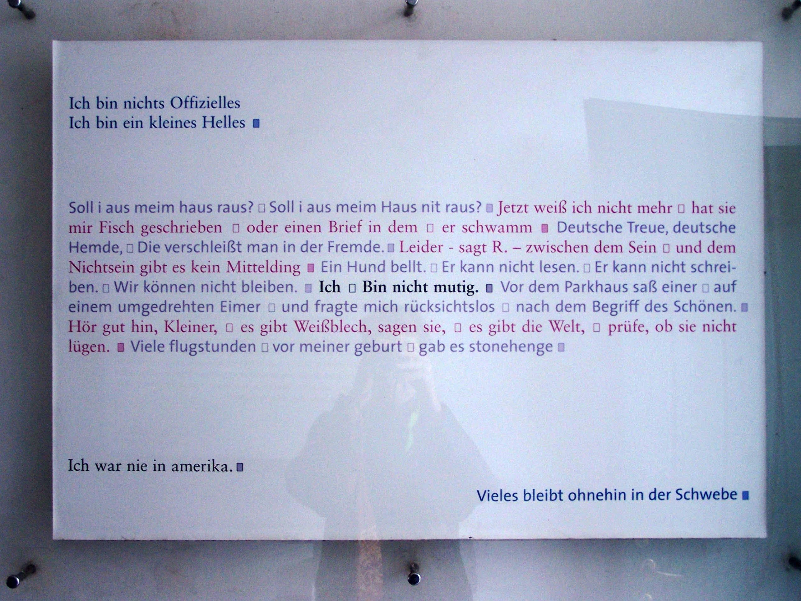 Eingang Lyrik-Kabinett, Amalienstraße 83a, München