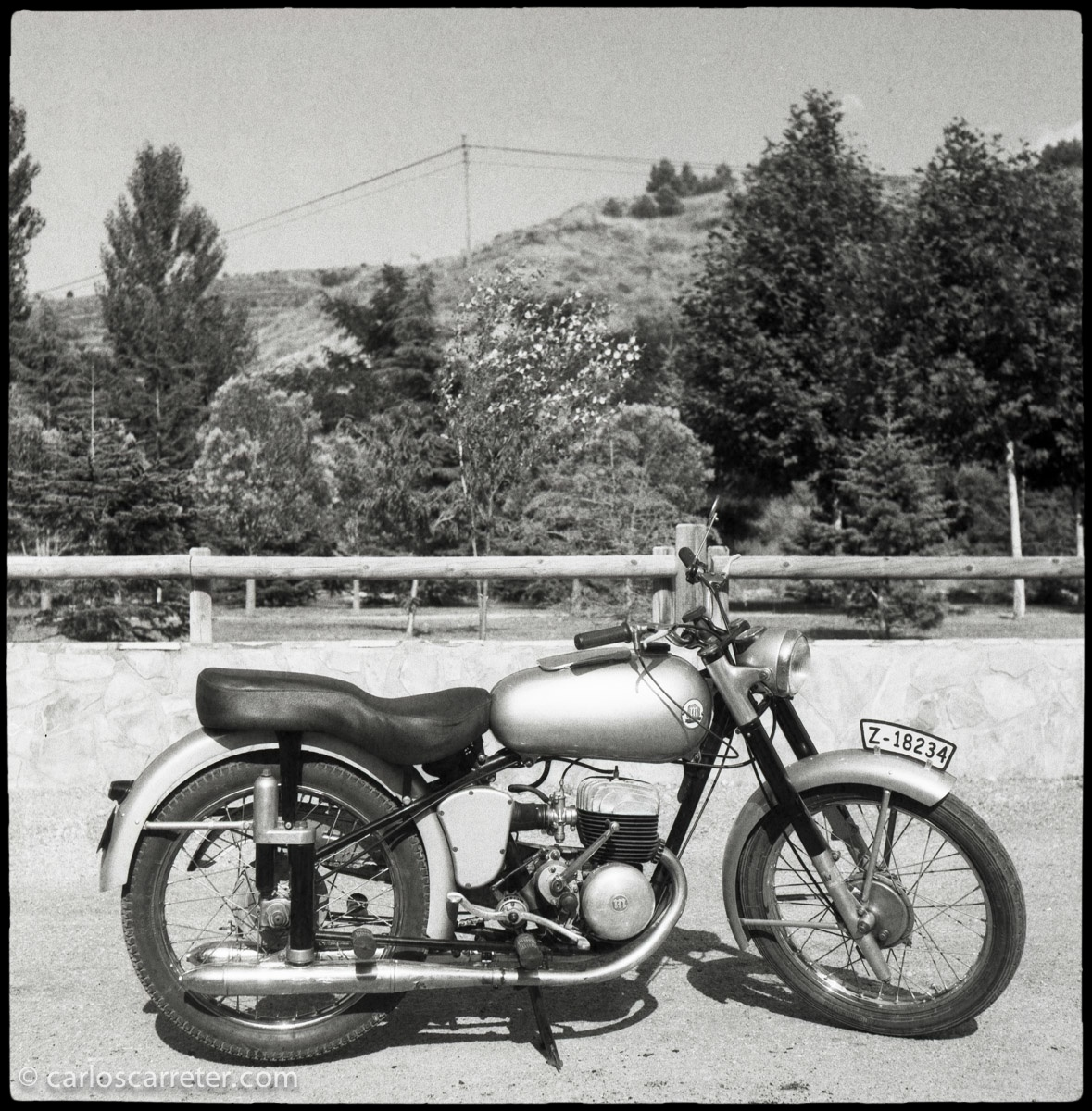 Motocicleta Montesa de época