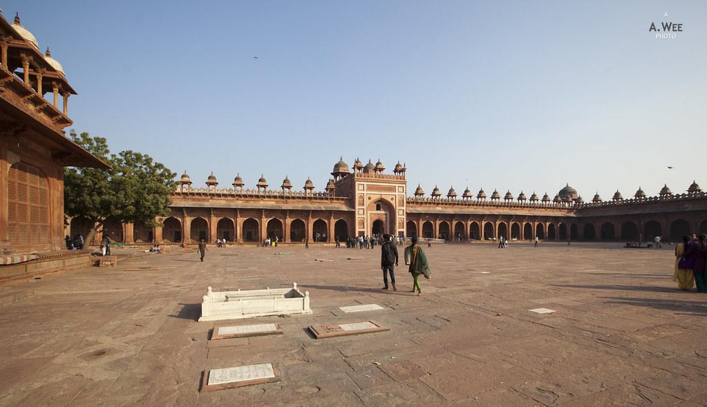 Courtyard in Fatehpur Sikri