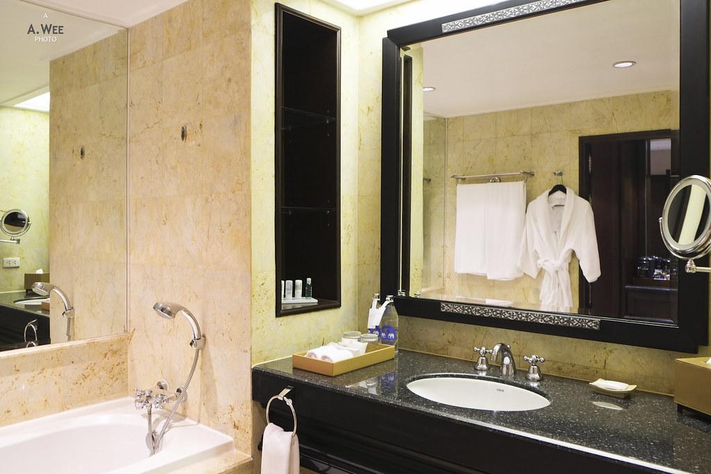 Le Royal Club Bathroom