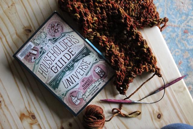yarn along.....